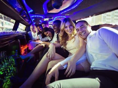 Paseo en Limousine de Lujo con Champagne y Fotografías Profesionales Incluídas
